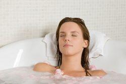 Прохладная ванна при болевом синдроме
