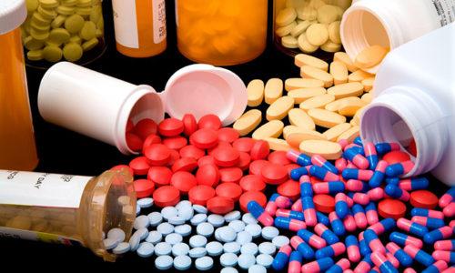 Самостоятельное лечение неизбежно приводит к тому, что в дальнейшем состояние ребёнка усложняется и требует использования серьезного комплекса современных препаратов