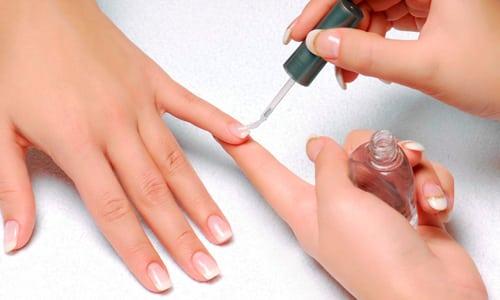Лечебные лаки используются для того, чтобы избавиться от грибковой инфекции на первой стадии заболевания