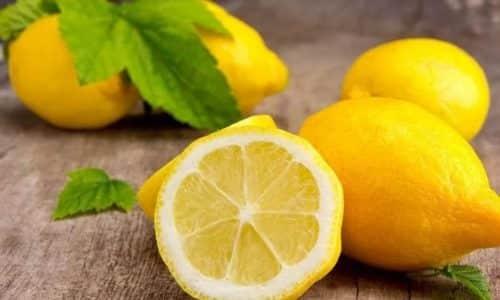 Одним из немногих, но в то же время эффективных и проверенных методов считается лечение грибка лимоном, который не только полезный для организма, но и хорошо уничтожает различные виды грибковой инфекции