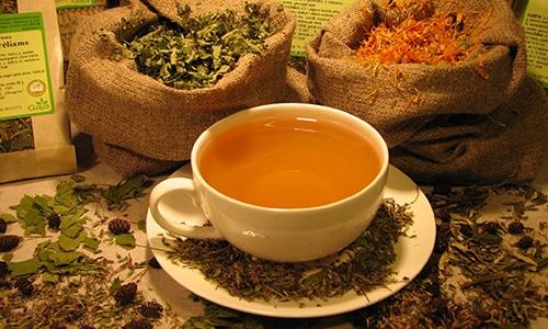 Наиболее популярным и эффективным методом лечения от грибка ногтей является монастырский чай