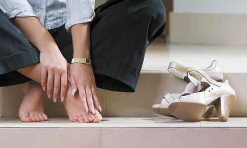 Онихомикоз – это одно из самых распространённых заболеваний стоп, ногтей, межпальцевого пространства