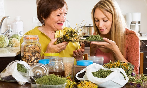 Состав чая позволяет проводить лечение заболевания дома, под наблюдением специалиста (при необходимости)